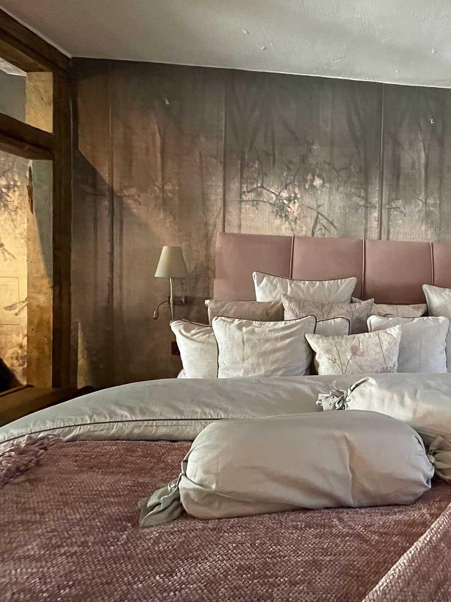 Bed and Breakfast Löffelmühle an der Elz: Zimmer Flora mit Bett